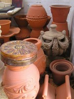 Assorted pots
